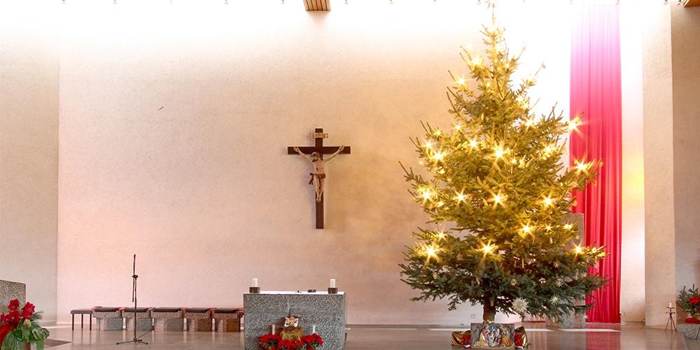Weihnachstlicher Chorraum