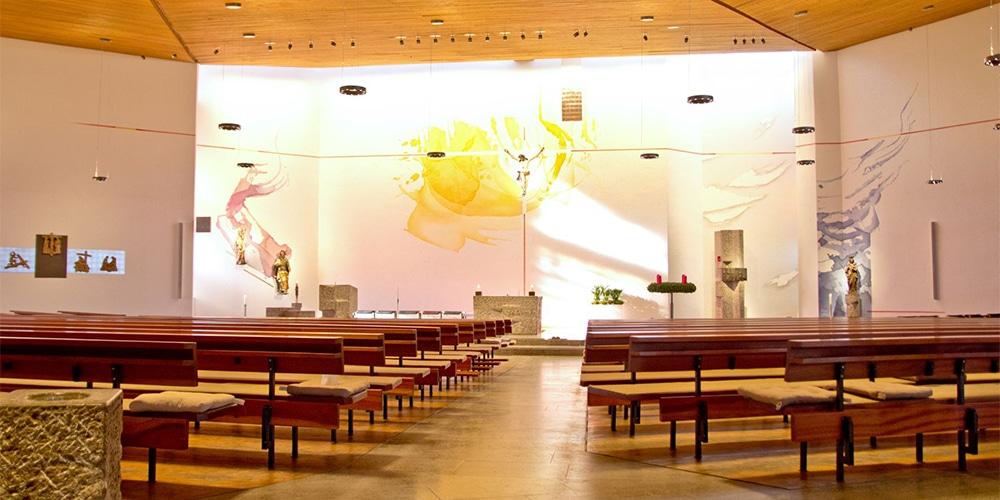 Renovierter Kirchenraum 2016